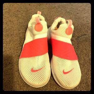 Nike Presto Size 4 Girls Size 6 Women's